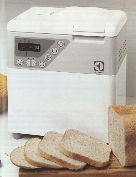 Freshly baked bread every morning with Electrolux automatic baking machine