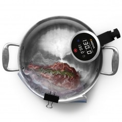 Anova cooker in pot steak